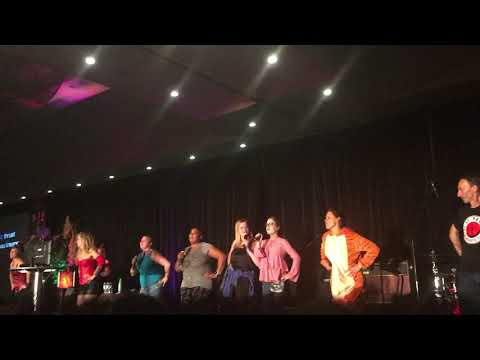 Supernatural Toronto Convention 2017 - Time Warp dance at Karaoke