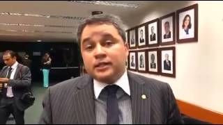 Efraim Filho é escolhido como líder do DEM na Câmara
