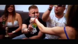 E-MAILL - FIESTA LATINA (OFFICIAL VIDEO)