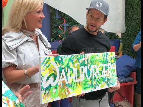 Mark Wahlberg and Wahlburgers working on partnership with Meijer