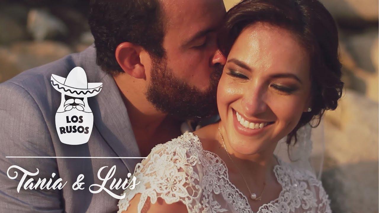tania amp luis destination wedding in puerto escondido