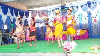 Gunjuru gunja sambalpuri folk dance   school girl's group dance  Mr.smile zone   