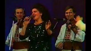 IRINA LOGHIN - LIVE - AU PLECAT TIGANII MEI (CHISINAU, 1990)