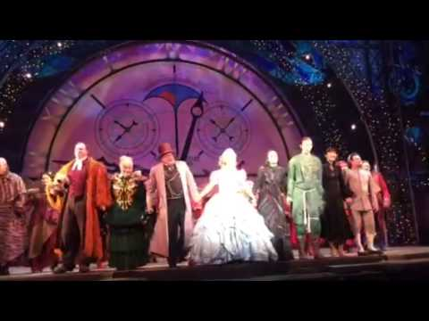 Wicked Broadway Show - 5 star musical