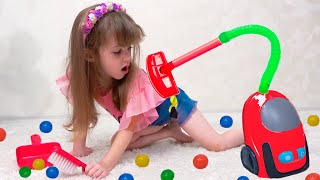 Ева и уборка в доме. Порядок и уборка дома для детей. Clean up for kids