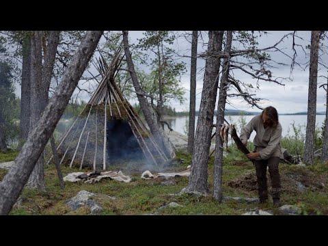 Making a permanent bushcraft camp - tipi from natural materials  - [part 1 - long version]