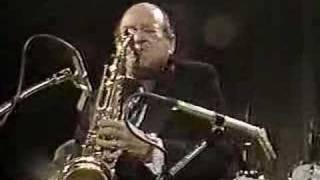LIONEL HAMPTON : SMOOTH SAILIN  (ARNETT COBB) 1982