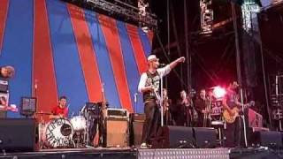 Beatsteaks- Hello Joe (Live @ Rock Am Ring 2007)