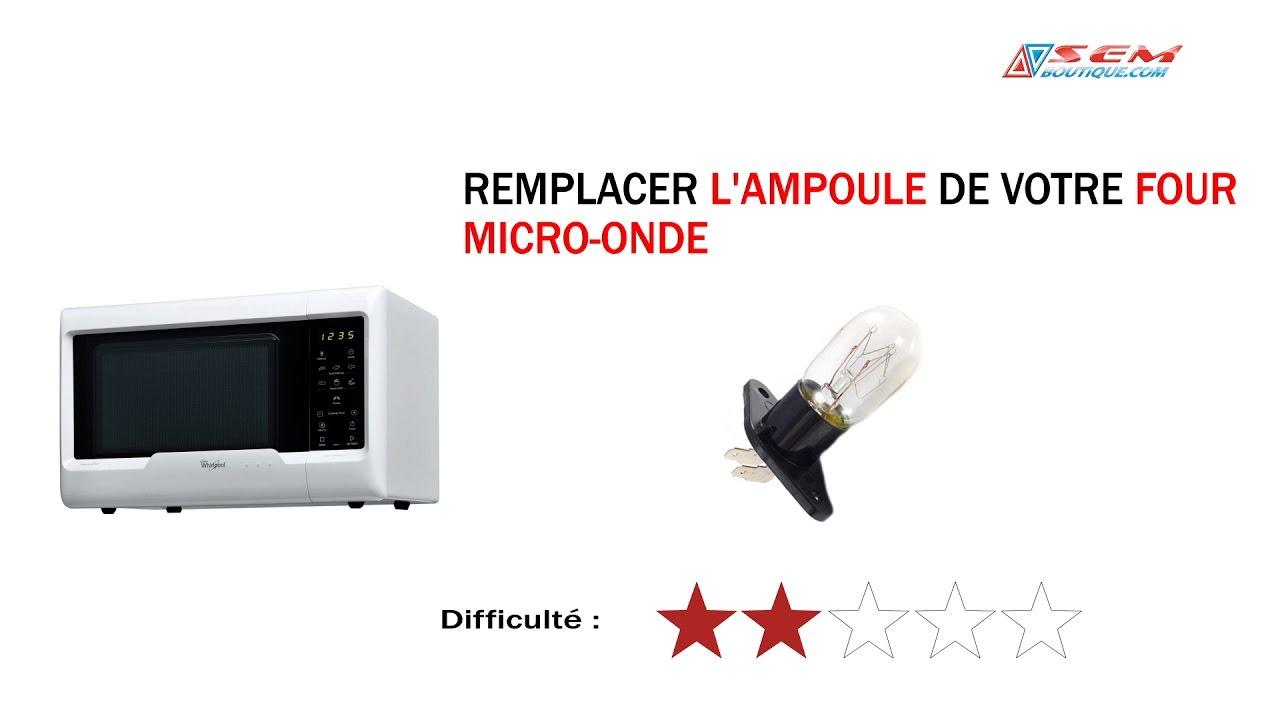 Remplacer une ampoule sur un micro ondes youtube for Changer une douille de lampe