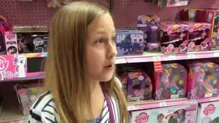 SHOPKINS SEARCHING AT TOYSRUS !! Buying MONSTER HIGH DOLLS