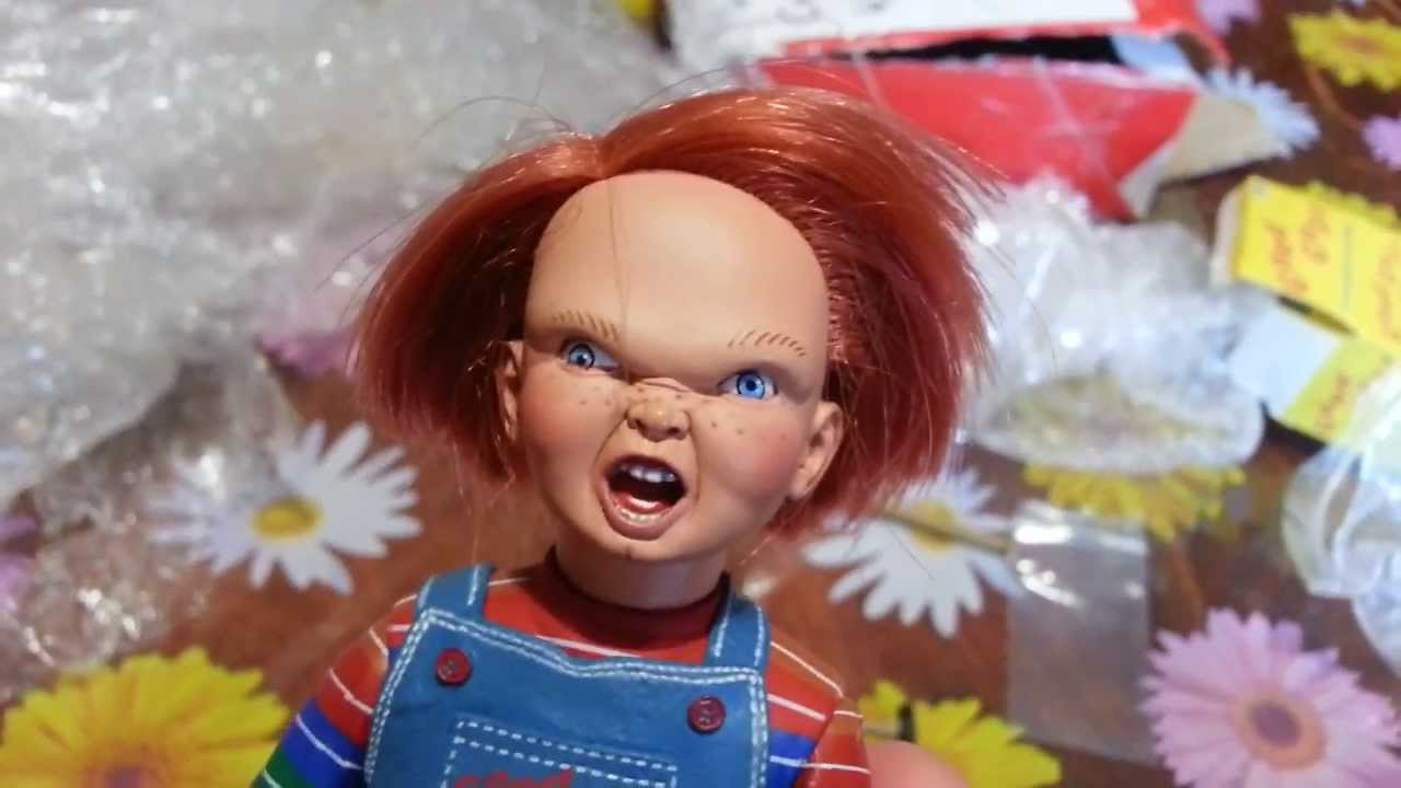 Unboxing Mini Chucky Doll Replica