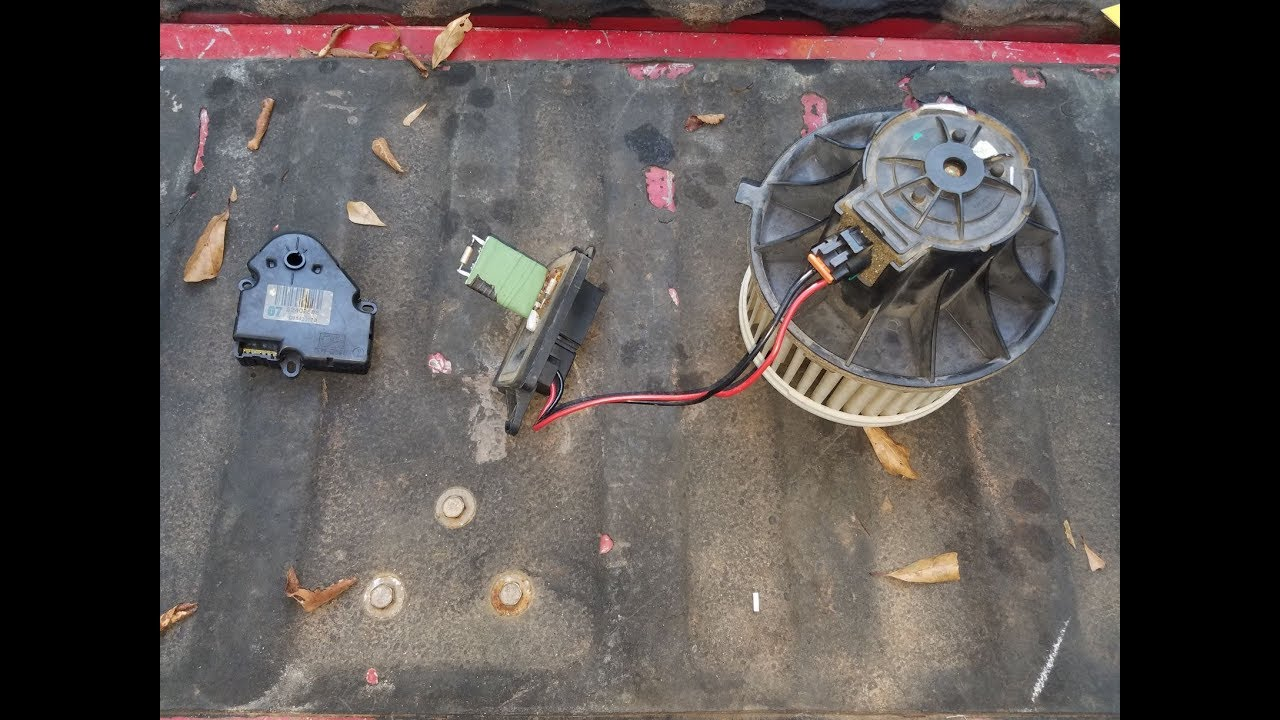 2005 Chevy 2500hd blower motor/ blower motor resistor/blender door on hummer h3 heater fan fuse, hummer h3 heater harness, h3 blower motor wiring harness,