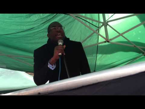 CNJ/Islington Tribune: David Lammy speaking at Whittington Hospital rally