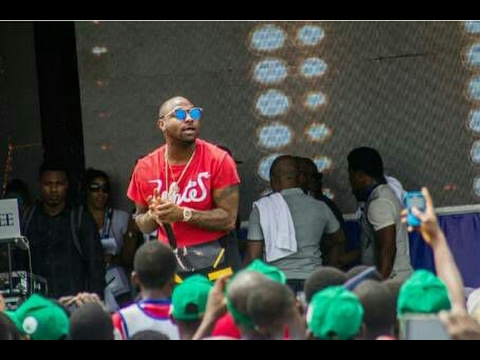 Davido & Olamide Perform Together Live At Run Lagos Marathon [Watch Video]