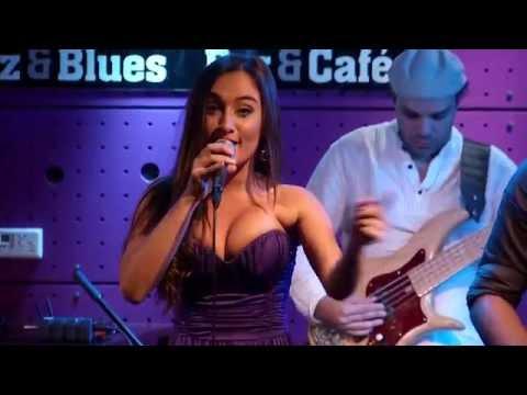 Por Um Grande Amor - Adriano Trindade feat Gabriela Melim DVD  in Prague