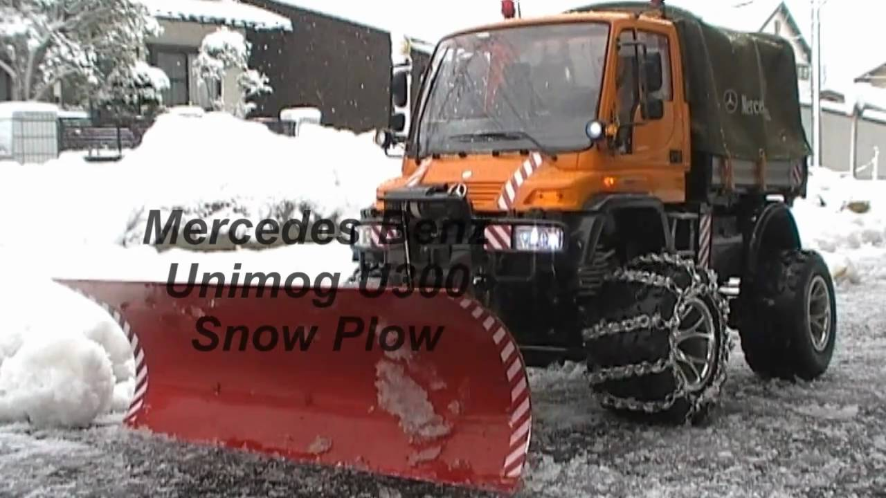RC SNOW PLOW UNIMOG U300 - YouTube