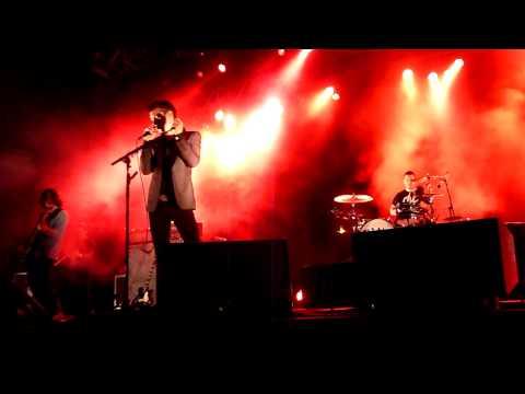 Arctic Monkeys -Arabella  Live @ Mann Center Skyline Stage, Philadelphia - September 18, 2013