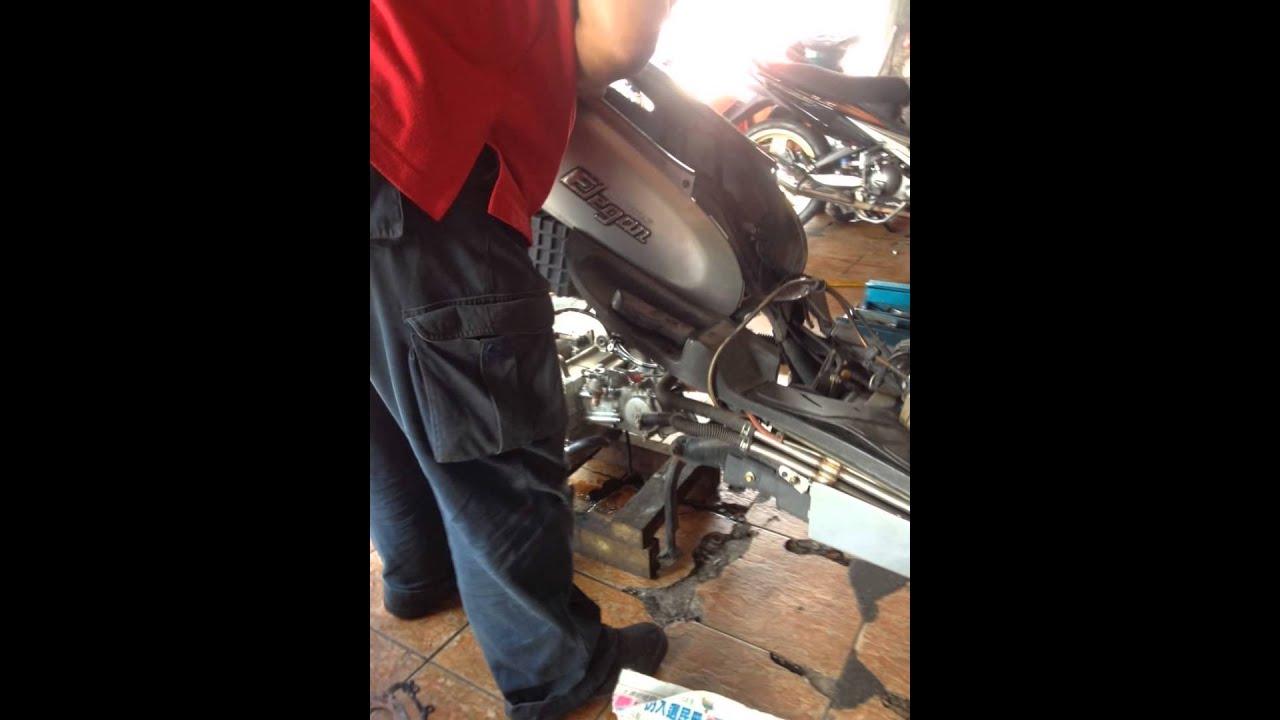 January 07 2014 Maintenance Repair Modenas Elegan Motor Scooter