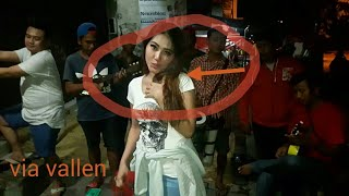VIA VALLEN - Ngamen dia by anji cover dangdut