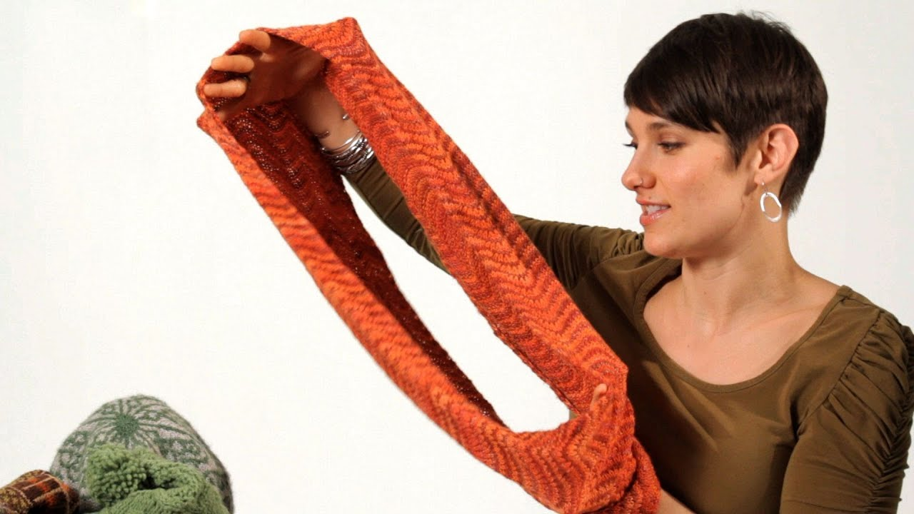 Knitting Scarf Patterns Infinity Scarf : How to knit an infinity scarf aka circle knitting youtube