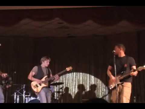 Billy Magnussen & The Dash