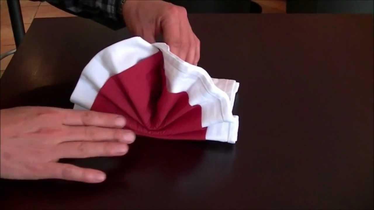 Servietten falten mocca bistrorant k ln h henhaus youtube for Serviettenfalttechnik hochzeit