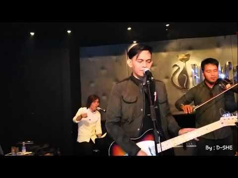 Once Mekel - Somebody To Love at BlackCat Jkarta