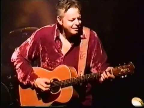 Tommy Emmanuel Australian medley, Waltzing Matilda/Road To Gundagai, France 2001.