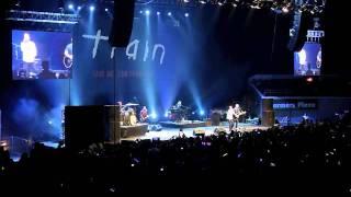 Shake Up Christmas - Train (Live in Manila 2011)