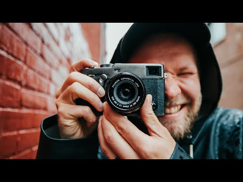 FUJIFILM X-Pro 3 REVIEW - Film Look Straight In Camera?