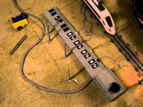 Lego 12Volt/City hybrid train layout