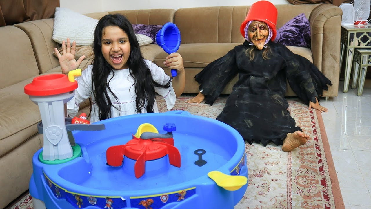 Download شفا منعت جدتها من النوم بالعابها !! shfa pretend play with grandmother