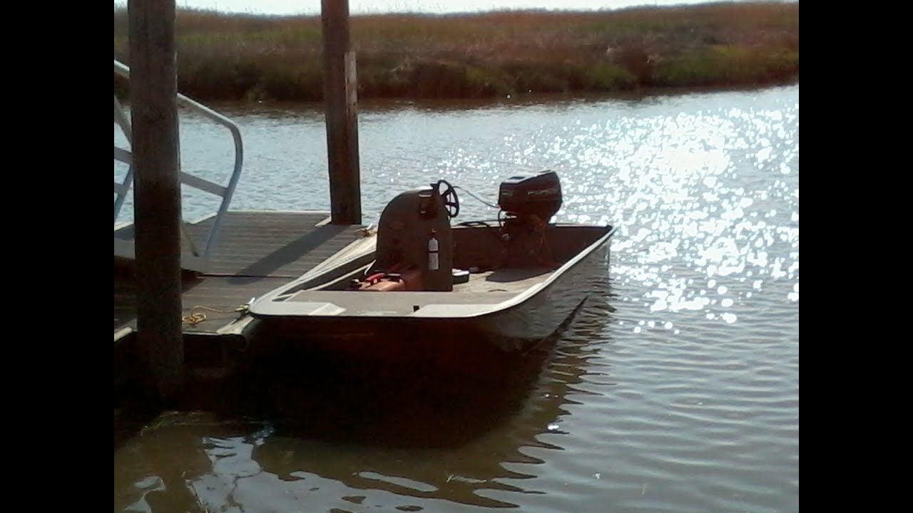 14Ft outlaw marine duck boat w/40hp motor