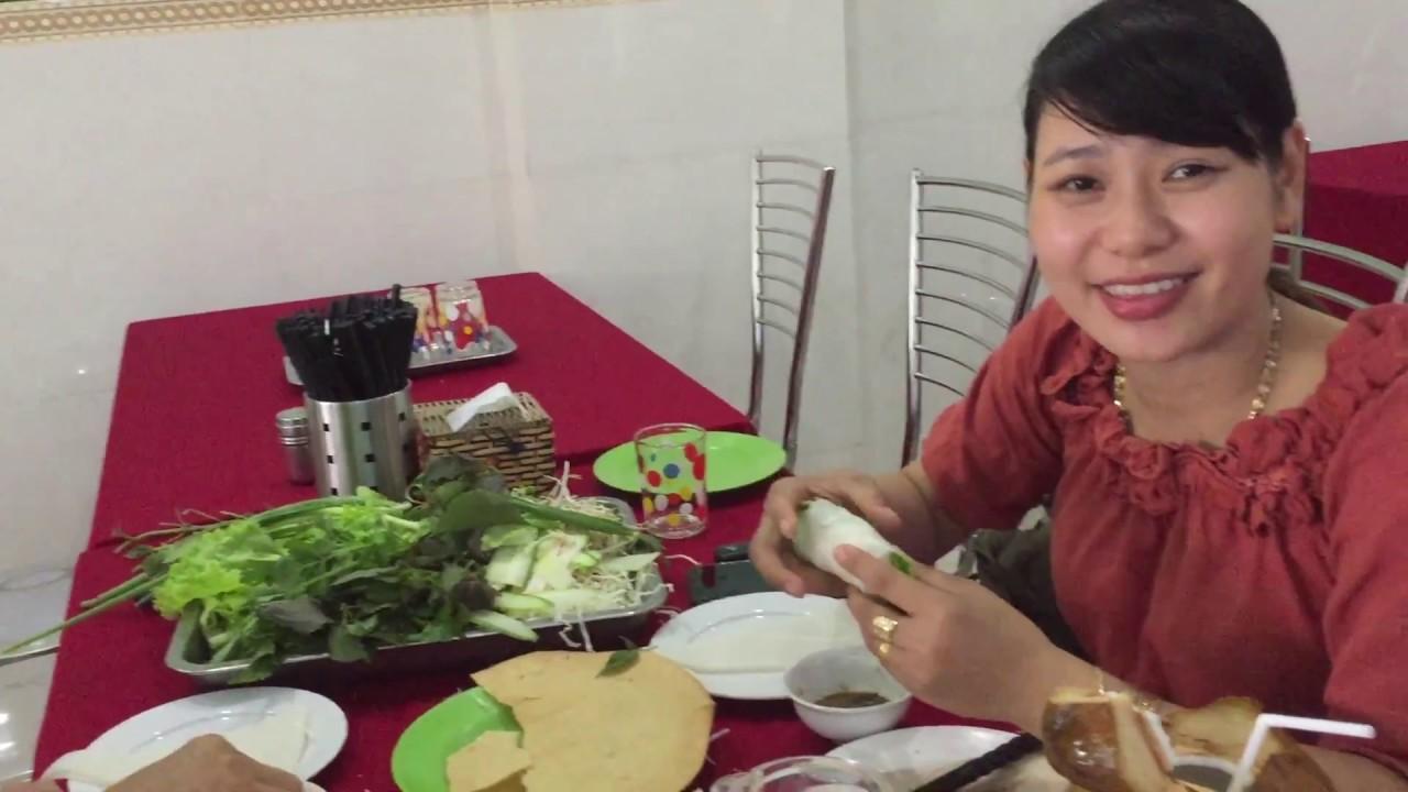 Quán bánh tráng thịt heo 33 năm lâu đời nhất Đà NẵngKhách nào cũng khen ngon