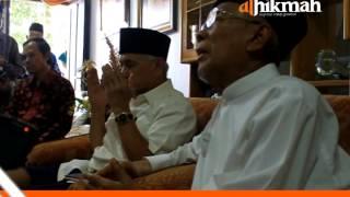 Doa Berurai Air Mata KH Miftah Faridl untuk Prabowo Hatta