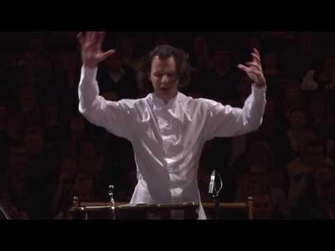 Gustav Mahler. Symphony No. 2 (fragment) / Teodor Currentzis, musicAeterna