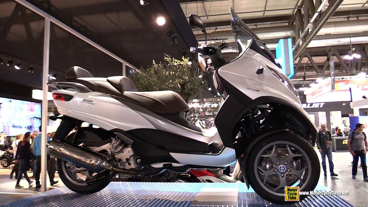 2015 piaggio mp3 500le cornering demonstration 2014 eicma milan motorcycle exhibition youtube. Black Bedroom Furniture Sets. Home Design Ideas