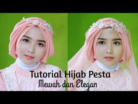 Cara dan tutorial menggunakan hijab segi empat, biar penampilan lebih maksimal. Aku harap kalian suka sama tutorial hijab segi....