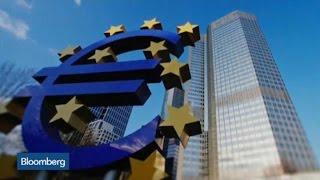 Why the Euro Hasn't Moved Toward Parity Amid Greek Crisis
