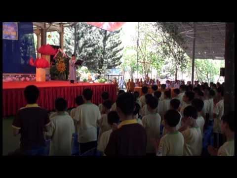 Khoa tu mua he chua Phat Quang 2013