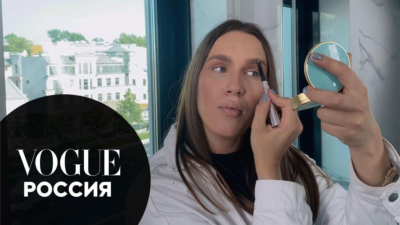 Алексей Жидковский показывает стойкий вечерний макияж | Vogue Россия