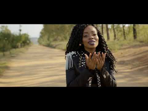 Master KG - Skeleton Move [Feat. Zanda Zakuza] (Official Music Video)
