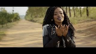 Master KG - Skeleton Move [Feat. Zanda Zakuza] (Official Music Video)