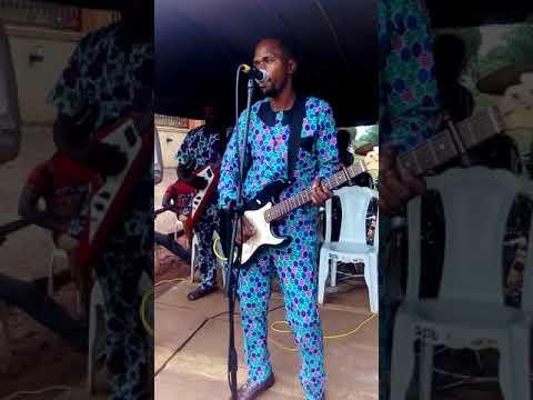 Benin live on stage junior dombraye