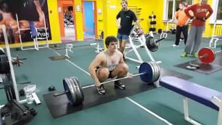 Жека тянет 180 кг на раз  01 03 2016