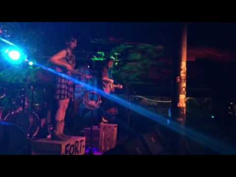 Fort Defiance - Honey Bee (Live @ Elbo Room Chicago)