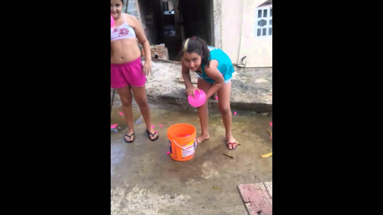 Desafio do balão da água.