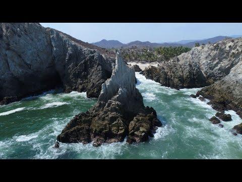 Dronie Maruata Michoacan  Dedo de Dios| 4k | DJI | Phantom | Drone | Travel