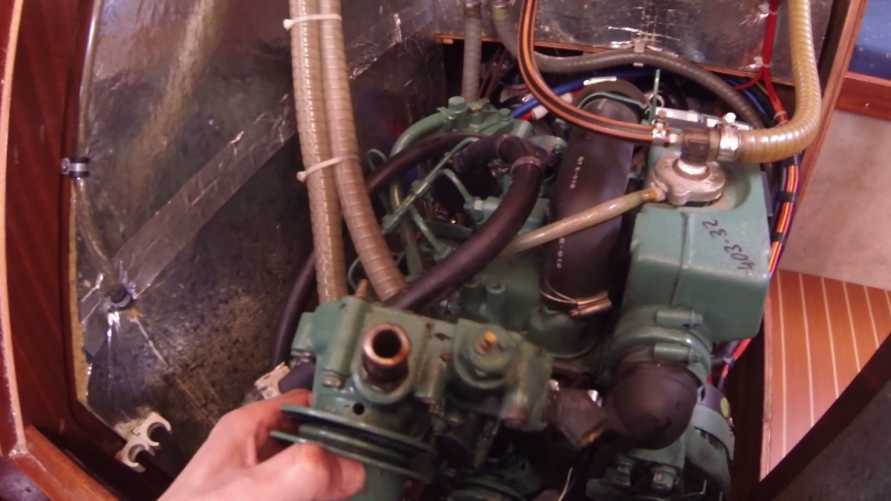 Volvo Penta MD2020 - how to dismount fresh water circulation pump - YouTube