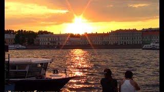 Смотреть видео Самая белая ночь в Санкт-Петербурге 2019 || Saint Petersburg онлайн